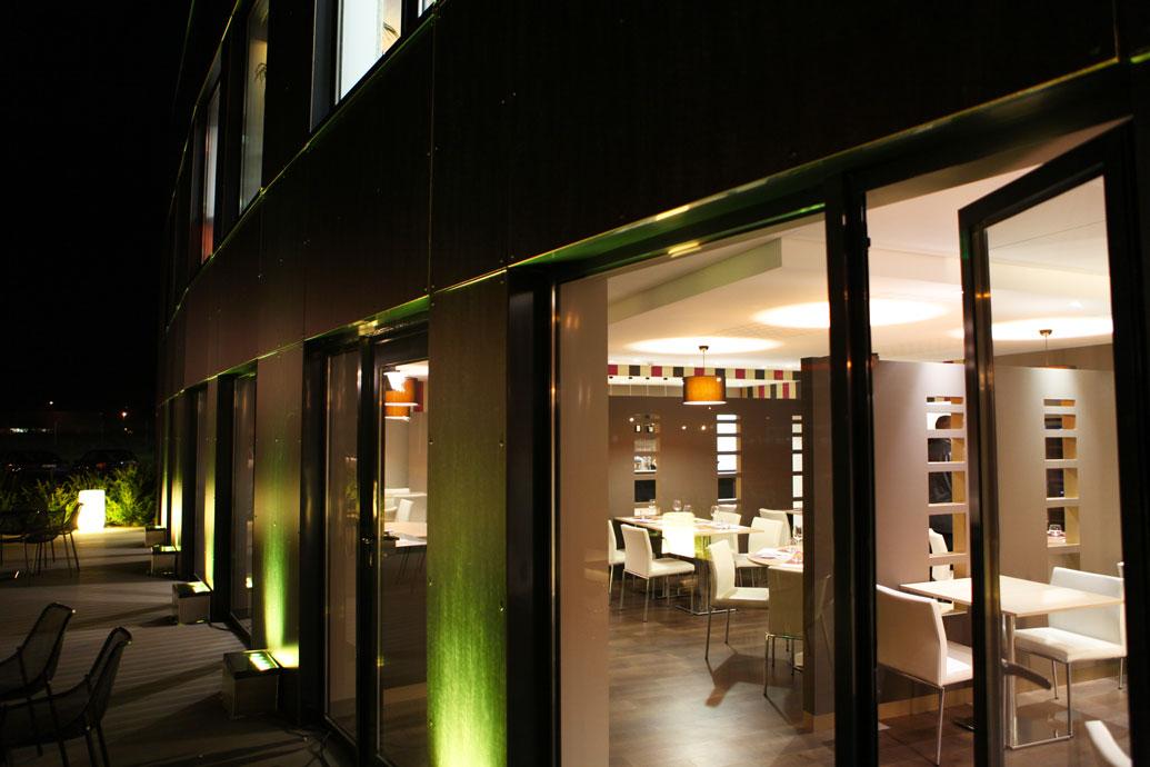 La terrasse du restaurant Atelier de Jacques, brasserie Erisay